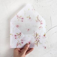 227 отметок «Нравится», 18 комментариев — Papira (@papiradesign) в Instagram: «You guys, here they are -- our Botanical Envelope Collection: the Blossom Envelope , the…»