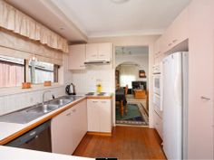 Real Estate - Property Research for Acacia Gardens - Cawder Pl 07