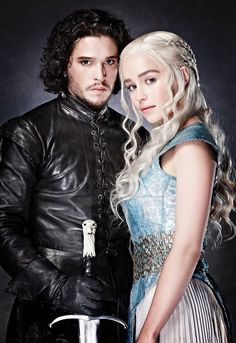 Pin this to your board! - Big Game of Thrones Sale on https://www.world-of-westeros.com/ - Jon Snow and Daenerys Targaryen _ couple Halloween costume idea More