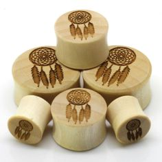 Organic wooden plugs featuring a Native American dream catcher design!These plugs are sol. Plugs Earrings, Gauges Plugs, Peircings, Ear Piercings, Dream Catcher Earrings, Dream Catchers, Organic Plugs, Body Jewelry Piercing, Thing 1