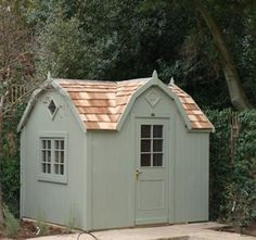 Bespoke garden shed from the posh shed company.Want one!