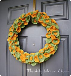 25 Charming DIY Fall Wreaths