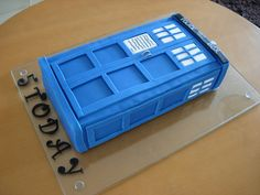 fondant tardis cake.  Looks fairly easy.