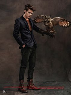 dino busch 0006 Dino Busch Poses with Owls for Harbor Magazine Mais Male Pose Reference, Human Reference, Drawing Reference Poses, Drawing Poses, Photo Reference, Human Poses, Male Poses, Boy Poses, Male Character