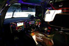 Porsche ibrid inside