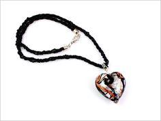 Rinaldi - Pendentif Coeur en Verre de Murano noir de jais, feuille d'argent et Aventurina. Collier en petites perles de Murano Conterie. http://www.kalyablu.com/rinaldi-pendentif-coeur-en-verre-de-murano-noir-et-argent-c2x14537874
