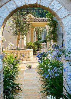 Nice 47 lovely mediterranean garden design ideas for your backyard Small Courtyard Gardens, Small Courtyards, Outdoor Gardens, Courtyard Ideas, Courtyard Design, Modern Gardens, Garden Modern, The Secret Garden, Italian Garden