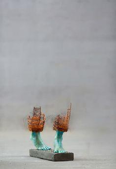 Les Sculptures incomplètes de Lene Kilda capturent les Personnalités ludiques et timides des Enfants (9)