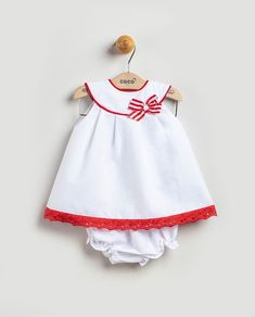 Baby Dress Design, Baby Girl Dress Patterns, Baby Clothes Patterns, Frocks For Girls, Little Girl Dresses, Girls Dresses, Baby Birthday Dress, Baby Frocks Designs, Princess Outfits