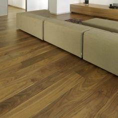 American Walnut. Noce americano.  #CADORIN Produzione italiana di listoni a due e tre strati #CADORIN Italian Top Quality Wooden Engineering Planks