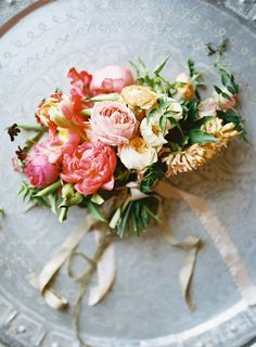 Favorite Bouquets of 2014: Tinge bouquet by Michael Radford