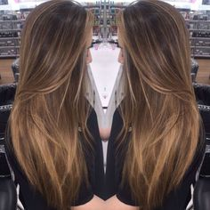 Baby lights &balayage by baylage straight hair, bayalage light brown hair, balayage Balayage Hair Blonde, Brown Blonde Hair, Brunette Hair, Hair Bayalage, Bayalage Light Brown Hair, Pretty Hairstyles, Straight Hairstyles, Latest Hairstyles, Long Hair Styles Straight