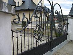 Iron Gates – Celeb Iron Gates                                                                                                                                                                                 More