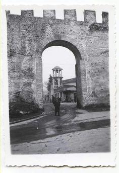 portara Thessaloniki, Macedonia, Brooklyn Bridge, Daydream, Greece, Places To Visit, Memories, History, Travel
