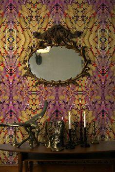 Hipster Decor : Timorous Beasties 'Ex Libris' wallpaper Tapete Gold, Hipster Decor, Gold Wallpaper, Amazing Wallpaper, Feature Wallpaper, Wallpaper Ideas, Timorous Beasties, Gold Interior, Beautiful Wall