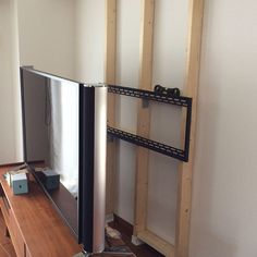 女性で、の2×4材/その2/DIY/壁掛けテレビ/1日目/部屋全体…などについてのインテリア実例を紹介。
