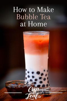 You don't have to head to a fancy tea shop to get your hands on bubble tea. We will teach you how to make bubble tea right in your own kitchen without a lot of hassle or ingredients. Fruit Tea Recipes, Milk Tea Recipes, Iced Tea Recipes, Smoothie Recipes, Smoothies, Boba Tea Recipe, Matcha Bubble Tea Recipe, Boba Smoothie, How To Make Bubbles