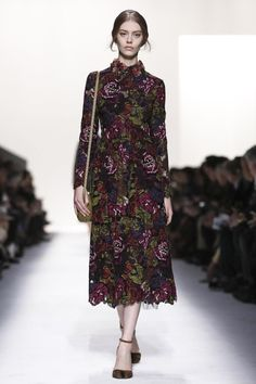 Valentino Ready To Wear Fall Winter 2014 Paris #pfw #style