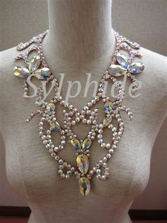 pretty ballroom necklace