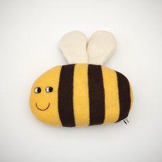 Albahaca la abeja Lambswool felpa - por encargo