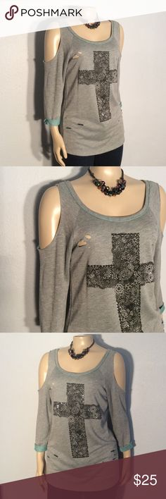 Day trip sweatshirt style top Day trip grey black print with glitz and ribbed sleeve design sweatshirt style top excellent condition no damage or fabric 67% cotton 33% polyester Daytrip Tops