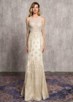 İddialı bir gelin olmayı düşleyenler, bu model sizin hayallerinizi gerçeğe dönüştürecek #duguntrendy #dugunhazirliklari #dugunalisverisi #annylin #gelinlikmodelleri #gelinlik #gelin #damat #wedding #weddingdress