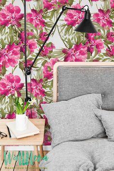 Transformar cualquier habitación en su hogar en un paraíso hawaiano con este papel pintado adhesivo! Este papel pintado de vinilo ofrece una impresión brillante y tropical de hibisco pared calcomanías y tatuajes de pared de plumeria. Flores de Hibiscus magentas se presenta con rubor plumeria rosa y hojas exóticas, todo un fondo blanco. Un vistazo a este fondo de pantalla adhesivo y pensará que está sombreadas en un helecho tropical mirando las olas!  ➢ TAMAÑO  Tienes la opción de dos…