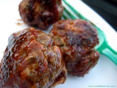 These are deeeelicious. Bison is a lower-fat, super awesome alternative to ground beef for burgers, meatloaf and in this. Meat Recipes, Dinner Recipes, Cooking Recipes, Healthy Recipes, Dinner Ideas, Game Recipes, Healthy Eats, Cocktail Meatballs, Bbq Meatballs
