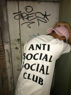 Tumblr Boys, Look Fashion, Mens Fashion, Anti Social Social Club, Stylish Boys, Fashion Essentials, Urban Outfits, Minimal Fashion, Lose Belly Fat