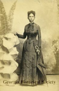 This source is particularly interesting, because it demonstrates the complications of archival research. This image, originally believed to be a portrait of Matilda Beasley, manager of the Sacred H… African American Makeup, African American Hairstyles, African American History, Josephine Baker, Harriet Tubman, Rosa Parks, Harlem Renaissance, Jil Sander, Matilda