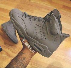 "Air Jordan 6 ""Custom"" Yall feelin' these? Let me know what you thing in the comm. Me Too Shoes, Men's Shoes, Nike Shoes, Shoes Sneakers, Jordans Sneakers, Sneakers Adidas, Zapatillas Jordan Retro, Jordan Swag, Jordan Grey"