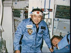 A picture of Ellison Onizuka in space on Space Shuttle Discovery Flight STS Space Shuttle Disasters, Space Shuttle Challenger, Japanese American, Nasa, Discovery, The Neighbourhood, Entertaining, People, 1950s