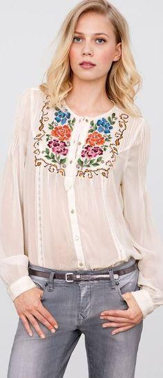 folk embroidered top laredoute - women's fashion bohemian style boho chic clothing Ținute Chic, Haine La Modă, Stil Boem, Modă Feminină