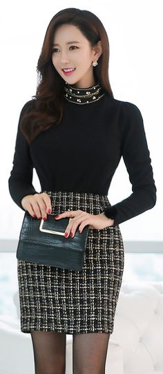 StyleOnme_Gold Stitching Check Patterned H-Line Skirt Office Fashion, Work Fashion, Asian Fashion, Fashion Beauty, Fashion Outfits, Womens Fashion, Fashion Trends, Professional Outfits, Look Chic