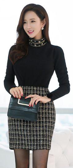StyleOnme_Gold Stitching Check Patterned H-Line Skirt #elegant #workwear #professional #feminine #koreanfashion #kstyle #pencilskirt #seoul #falltrend