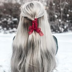 Merry everything and a happy always❄️🎄 Holiday Winter Collection Hair Inspo, Hair Inspiration, Cute Hair Colors, Long Hair Tips, Diy Hairstyles, Hairdos, Hairstyle Ideas, Christmas Hair, Stylish Hair