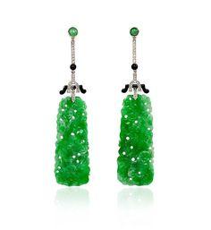 One of my favorite looks...carved jadeite, onyx and diamonds