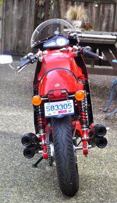 RocketGarage Cafe Racer: MV 750SS-F4 REPLICA