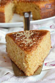 torta integrale barbarià (3) Plum Cake, 300 Calories, Bakery Cakes, Almond Cakes, Breakfast Cake, Daily Meals, Yummy Cakes, Vanilla Cake, Cupcake Cakes