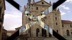 Fotos de: Ávila - Plaza de la Santa y Puerta de Santa Teresa