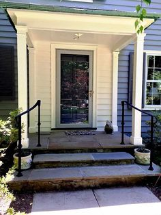New Outdoor Stairs Ideas Entrance Wrought Iron 41 Ideas Wrought Iron Porch Railings, Porch Handrails, Exterior Stair Railing, Outdoor Stair Railing, Front Porch Railings, Iron Handrails, Porch Stairs, Hand Railing, Front Walkway
