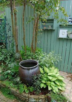 46 amazing small garden design ideas 35 - All About Small Flower Gardens, Small Backyard Gardens, Japanese Garden Design, Small Garden Design, Patio Interior, Garden Signs, Garden Cottage, Winter Garden, Shade Garden