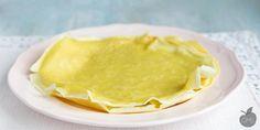 A chi non piacciono le crepes? Dolci o salate diventano un piatto buonissimo, piace a tutti! La ricetta è facilissima e leggera, senza burro, né uova!