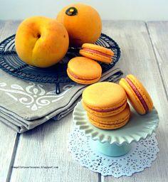 N.M. Galletas Artesanas: Macarons de melocotón con vino
