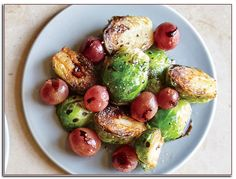 Braised Brussels Sprouts with Balsamic and Grapes – Brussels Sprouts Recipes – Cooking Light Grape Recipes, Side Dish Recipes, Veggie Recipes, Chicken Recipes, Potato Recipes, Dessert Recipes, Cooking Light Recipes, Fun Cooking, Balsamic Brussel Sprouts