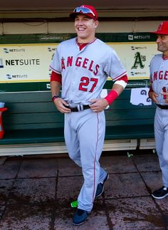 Mike Trout Angels Baseball, Baseball Girls, Baseball Players, Fantasy Baseball, Baseball Pictures, Mike Trout, Spring Fever, Future Husband, Softball