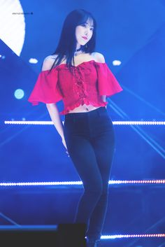 Gfriend at 2018 Yangju Globe Amaranth Festival 180915 Cr: owner Kpop Outfits, Casual Outfits, Cute Outfits, Pretty Asian, Beautiful Asian Girls, Kpop Girl Groups, Kpop Girls, My Girl, Cool Girl
