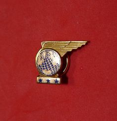 PAN AM WING LAPEL PIN PAN AMERICAN AIRLINE CARIBBEAN SOUTH AMERICAN ROUTE NEW !