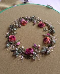Wonderful Ribbon Embroidery Flowers by Hand Ideas. Enchanting Ribbon Embroidery Flowers by Hand Ideas. Ribbon Embroidery Tutorial, Simple Embroidery, Learn Embroidery, Silk Ribbon Embroidery, Embroidery Hoop Art, Hand Embroidery Patterns, Cross Stitch Embroidery, Embroidery Designs, Machine Embroidery