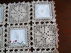 Patricia Hernandez's media content and analytics Débardeurs Au Crochet, Crochet Fabric, Crochet Quilt, Filet Crochet, Crochet Gifts, Crochet Doilies, Crochet Flowers, Crochet Cushion Cover, Crochet Cushions
